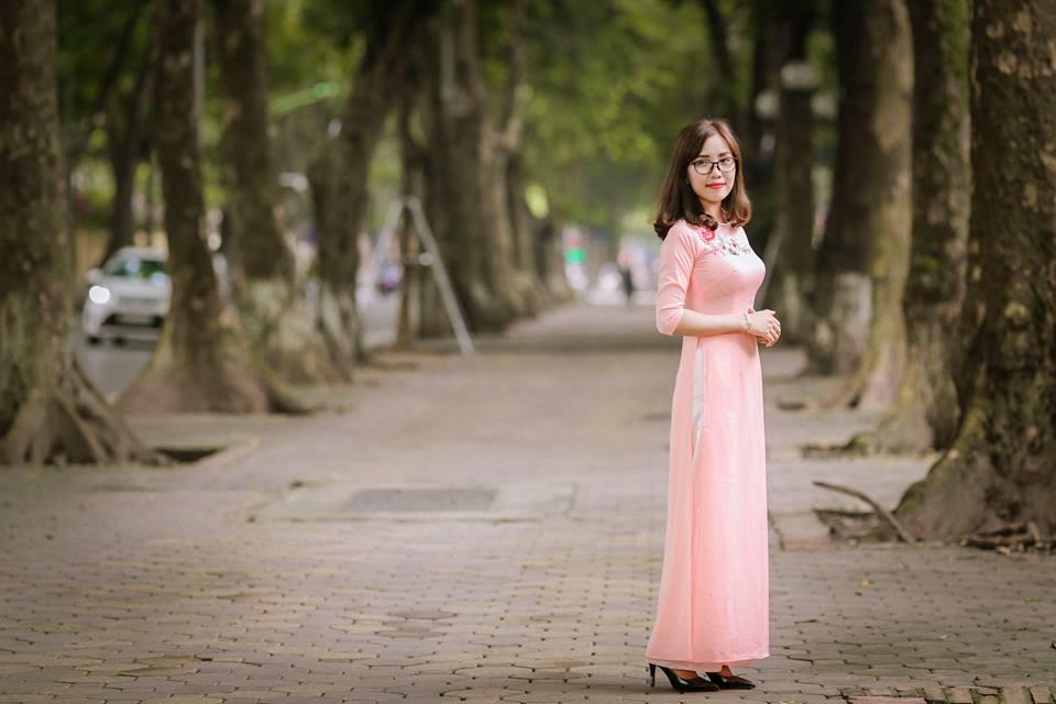 Ở tuổi 33, chị Liên Trịnh vẫn vô cùng trẻ trung và xinh đẹp!